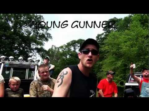 Young Gunner (Feat. Jawga Boyz) – Mudgrips On Everythang
