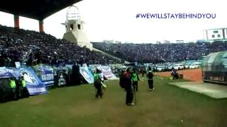 Video [ MERINDING!! ] KUBURAN feat. BOBOTOH - WE WILL STAY BEHIND YOU ( Live At Si Jalak Harupat) 2014 MP3, 3GP, MP4, WEBM, AVI, FLV Agustus 2018