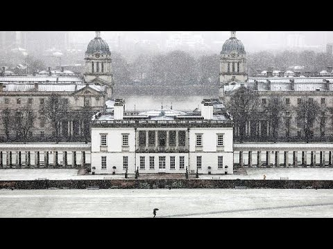 Βρετανία: Χιόνια, άνεμοι, κλειστά αεροδρόμια και προσάραξη πλοίου