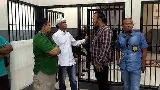 Video Rudi tanjung lagi berbincang bersama Hercules & Ketum LSM Kampak Mas RI di pengadilan Jakbar MP3, 3GP, MP4, WEBM, AVI, FLV April 2019
