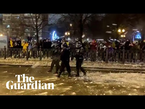 Russia protests: police pelted with snowballs in Moscow