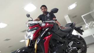 8. SUZUKI GSX S1000 ABS COLOR BLACK AND RED