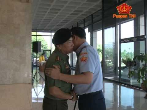 Marsekal Madya TNI Dede Rusamsi Jabat Kasum TNI