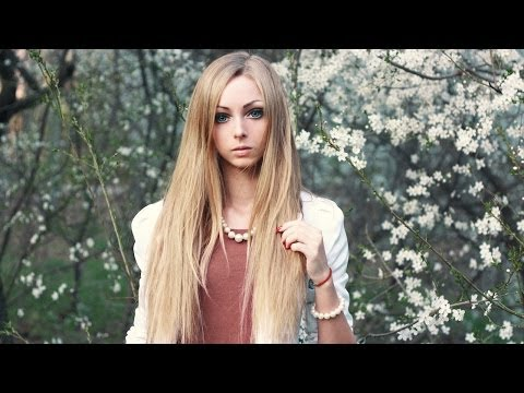living - Living Doll: Real-Life Barbie Girl Searching for her Ken SUBSCRIBE: http://bit.ly/Oc61Hj ALINA Kovalevskaya is a walking, talking, breathing living doll on t...