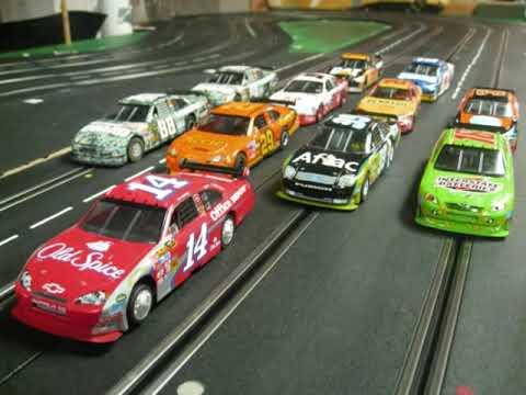 CARRERA GIANT CLUB TRACK / NASCAR SLOT CAR RACING SCX HIGHWAY STAR