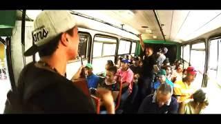 Nuestro Cantante; Estudiante de medicina que canta los temas de #Ejheh en el Transporte Publico de Paraguana... UP UP UP.