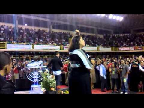 Jotta.a  cantando Agnus Dei - Na 7°Escola Biblica em Betim