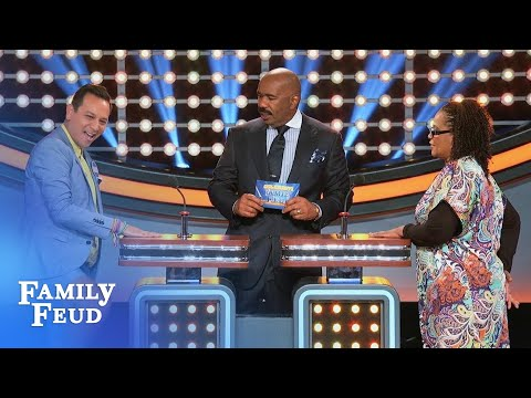 Watch out! Salvador came to... | Celebrity Family Feud