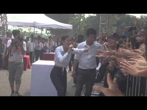 Rung động - Hoàng Thuỳ Linh Live