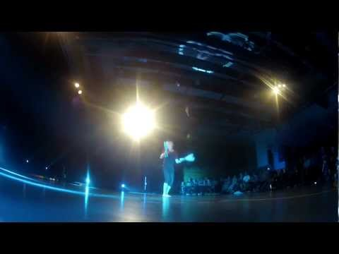 juggling - A video from the best convention ever. More videos from NoJC 2012 is coming! Important: watch this video in HD and full screen. Music: 00:00 - Madeon - Shuri...