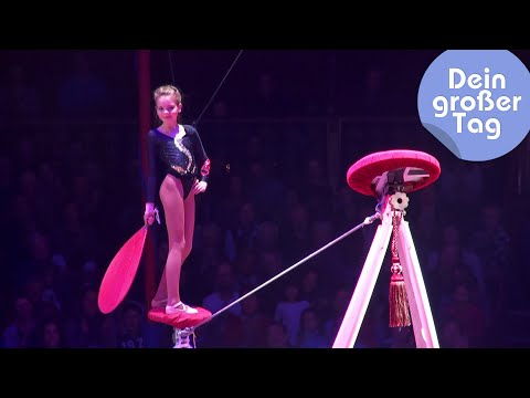 Video Balanceakt im Circus Roncalli - Romy als Zirkusartistin | Dein großer Tag | SWR Kindernetz download in MP3, 3GP, MP4, WEBM, AVI, FLV January 2017