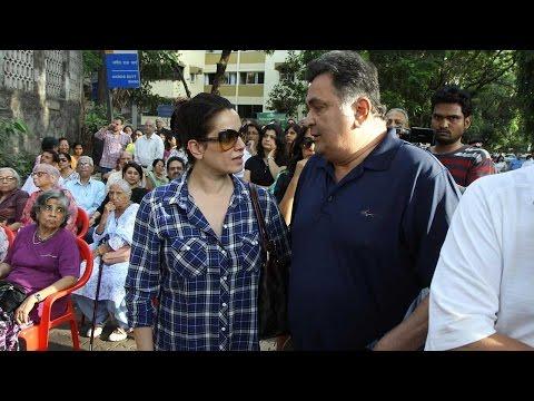 Rishi Kapoor Protest Against BMC In Pali Hill
