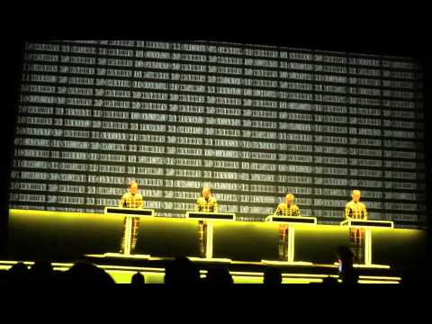 Computerworld - Kraftwerk-Numbers/Computer World (Live At The Tate Modern London 09/02/2013) Wie Sie aus meinem Youtube-Kanal sehen können, habe ich Hunderte von Gigs gewese...