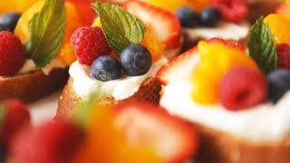 Bruschetta aux fruits