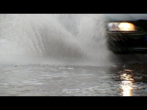 Berliner Stadtteile nach Starkregen unter Wasser