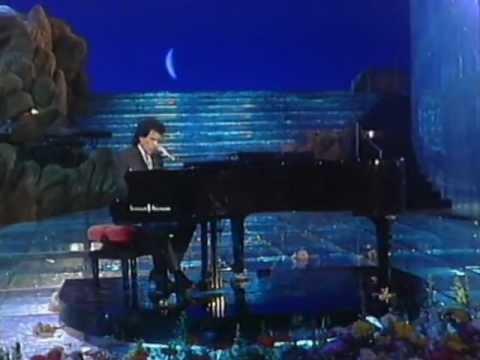 Tekst piosenki Toto Cutugno - Gli Amori po polsku