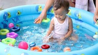 Video unboxing mainan anak bayi lucu - kolam renang bundar - baby swimming pool and kids MP3, 3GP, MP4, WEBM, AVI, FLV Desember 2018