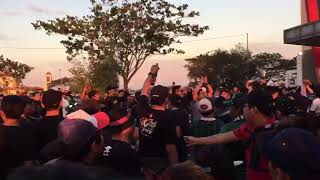 Download Video Bali United Fans Chant at Stadion Gelora Bung Tomo MP3 3GP MP4