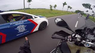 Video TOURING MOGE - Ke Alun Alun NGAWI Naik BMW GS MP3, 3GP, MP4, WEBM, AVI, FLV Juni 2018