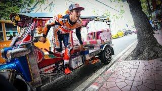 Video Bangkok to Buriram: Marquez's banging arrival to Thailand MP3, 3GP, MP4, WEBM, AVI, FLV Maret 2019