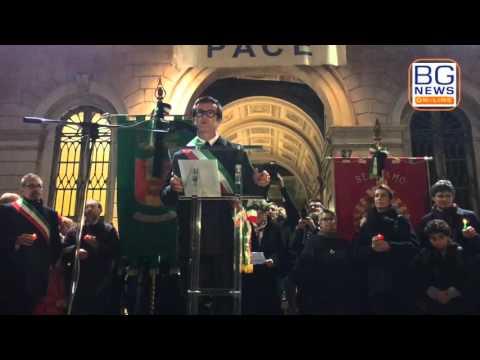 Bergamo ricorda le vittime di Parigi