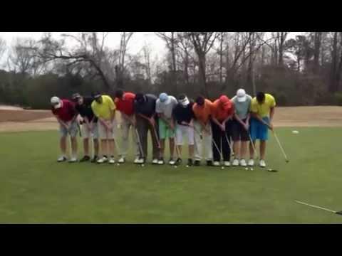 11顆高爾夫球,同時一竿進洞!