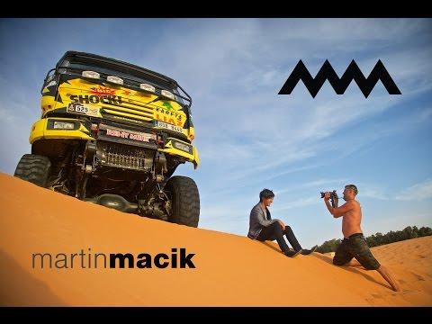Tým Martina Macíka odlétá na Dakar