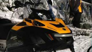 9. Ski-Doo Skandic et Tundra 2013