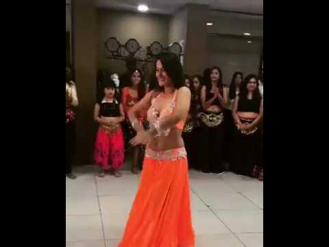 Video TIP TIP BARSA PANI (SEXY DANCE PERFORMANCE BY MEHAR MALIK) download in MP3, 3GP, MP4, WEBM, AVI, FLV January 2017