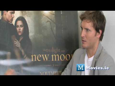 moviesireland - Twilight star Dr. Carlisle Cullen (Peter Facinelli) talks to Paul Byrne for http://www.Movies.ie For Peter Facinelli, being part of the Twilight saga has bee...
