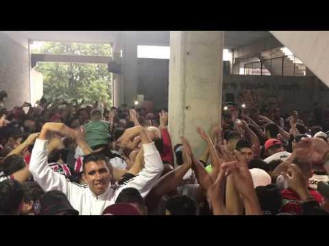 Previa Hinchada de Chacarita vs San Martín de Tucumán - La Famosa Banda de San Martin - Chacarita Juniors