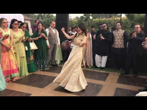 Video Pakistani beautiful girls Dance an Indian song laila main laila | wedding ceremony|best shadi dance download in MP3, 3GP, MP4, WEBM, AVI, FLV January 2017