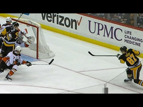 Video: Crosby robbed as Gibson adds another highlight save to his list