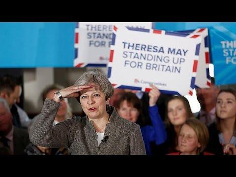 Μ. Βρετανία: Προβάδισμα 17 μονάδων για την Τερέζα Μέι καταγράφουν οι δημοσκοπήσεις