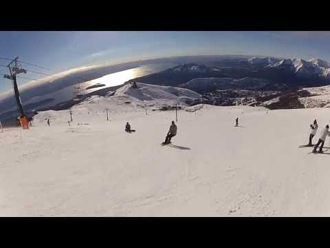 Esquiando en Cerro Catedral, Bariloche, Argentina en agosto de 2013. Bajando por Punta Nevada - Silla Cuadruple. Filmado con una GoPro Hero2. <div id='social-area'><nav id='social'><ul><li><a title='Comparti en Facebook' target='ventana' onClick='window.open('','ventana','width=300,heigth=300,left=100,top=50');' href='http://www.facebook.com/sharer.php?s=100&p[url]=http://www.bungalowsdeltrebol.com.ar/Foto/94RYZJNJqcs.html' ><span class='font-icon-social-facebook'></span> </a></li><li><a title='Comparti en Twitter'target='ventana' onClick='window.open('','ventana','width=300,heigth=300,left=100,top=50');  href='http://twitter.com/share?text=Video de Bungalows del Trebol @Del_Trebol &url=http://www.bungalowsdeltrebol.com.ar/Foto/94RYZJNJqcs.html'><span class='font-icon-social-twitter'></span></a></li></ul></nav></div>
