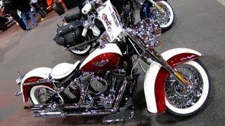 2. 2013 Harley-Davidson Softail Deluxe - Walkaround - 2012 Toronto Motorcycle Show