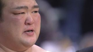 大相撲新横綱稀勢の里が逆転優勝!本割・優勝決定戦・そして表彰式で涙