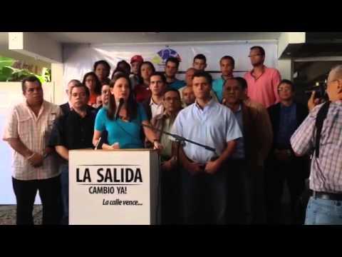 López, Machado y diputados llaman a la calle para debatir #LaSalida de Maduro (+Videos) (23 - 1 - 2014)