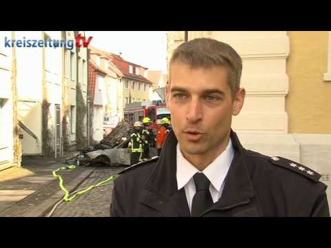 Mann kracht ins Rathaus Verden und löst Feuer aus