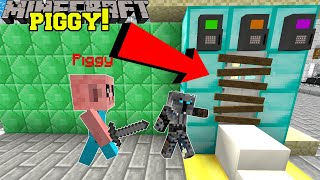 Minecraft: ESCAPE PIGGY'S TRAIN STATION! (BREAK INTO CARS & FIND ITEMS!) Modded Mini-Game