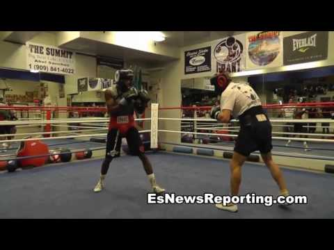GGG Sparring Hits So Hard You Have To Wear Body Protectors When You Train With Him!!!! (видео)