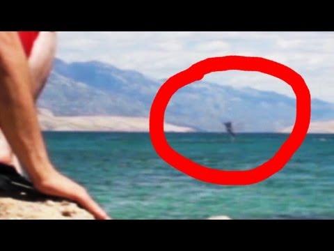sirena ripresa saltare in acqua?