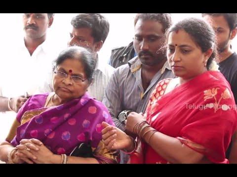 Mega Star Chiranjeevi Mother Offering Special Prayers  Happy Birthday Mega Star