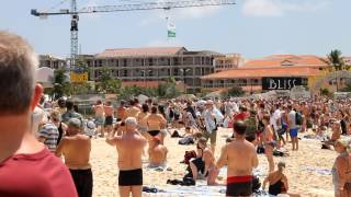 Jet Blast Injuries at St. Maarten, Maho Beach, Princess Juliana International Airport These idiots just goes to show how many stupid people with no common ...