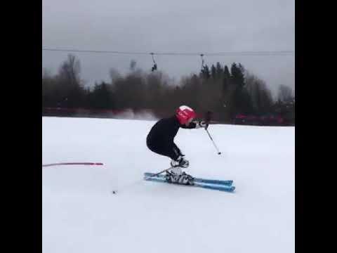 Szkoły pozamykane, nauczyciele protestują a Andrzej kończy sezon narciarski…