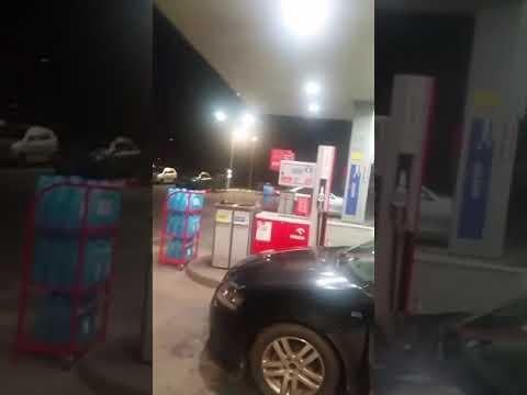 Policjanci oddali strzały na stacji Orlen w Rymaniu