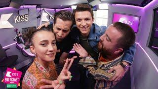 Video New Spider-Man Film Stars Tom Holland and Jake Gyllenhaal reveal #FarFromHome Special FX MP3, 3GP, MP4, WEBM, AVI, FLV Juli 2019