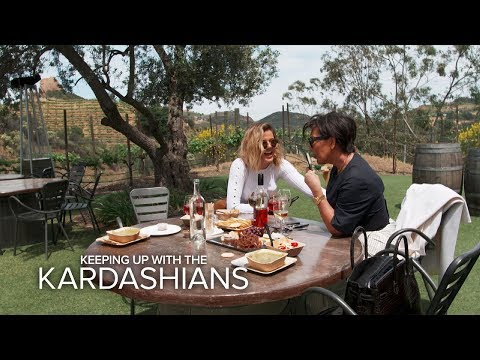 KUWTK   Kris Jenner Prank Calls Random People   E!