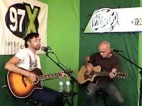 Tekst piosenki Rise Against - Who Will Stop The Rain po polsku