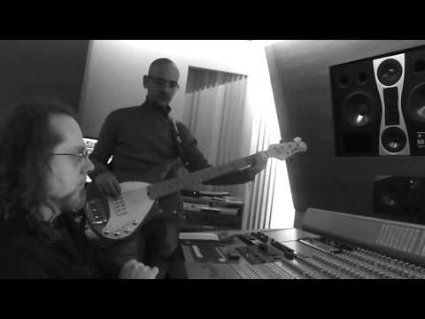 Pia Tuccitto - L'Italia di Pia - Giorgio Santisi speciale basso